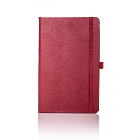 Q24/84 Cordoba Medium Ruled Leather Notebook
